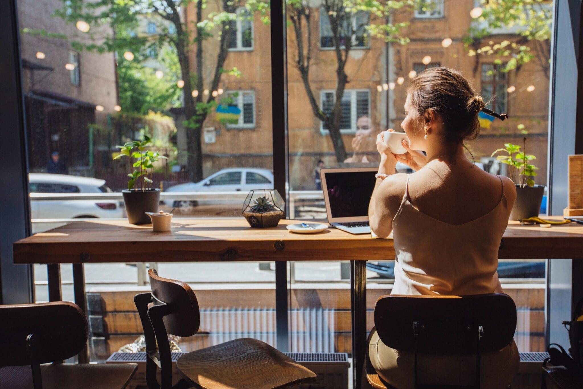 Coffee Shop Laptop - Orange & Gray